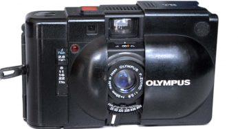 Olympus XA – Rangefinder 35mm f2.8 Lens with 6 Elements